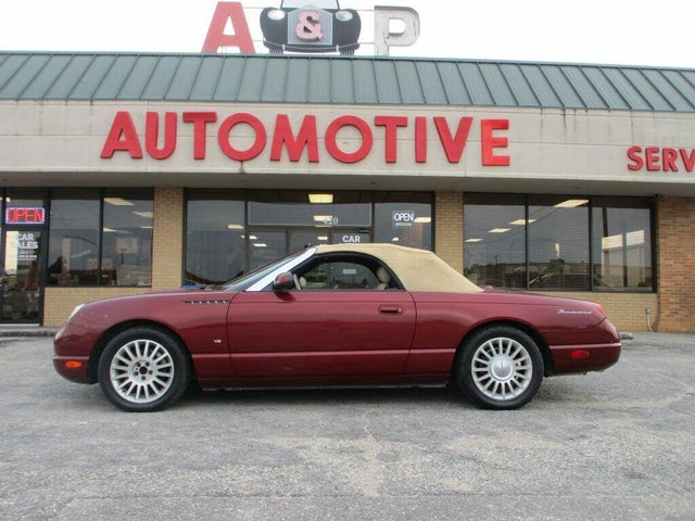 2004 Ford Thunderbird Deluxe RWD