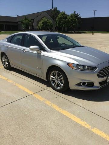 2015 Ford Fusion Hybrid Titanium FWD