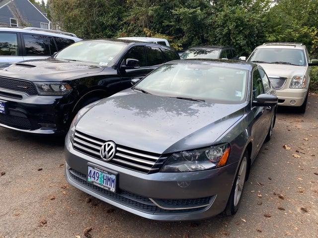 2013 Volkswagen Passat SE with Sunroof