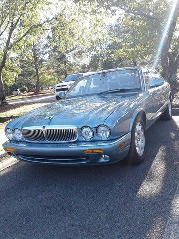 2002 Jaguar XJ-Series XJ8 RWD