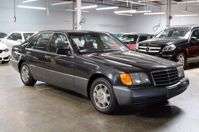 1992 Mercedes-Benz 300-Class 4 Dr 300SE Sedan