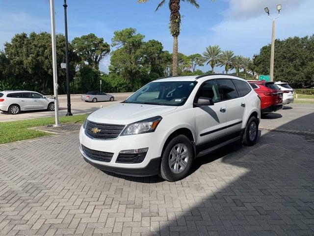 2017 Chevrolet Traverse LS Base FWD