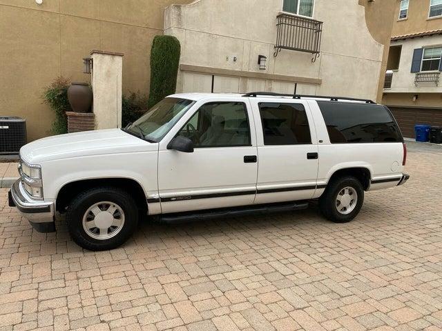 1999 Chevrolet Suburban C1500 LS RWD