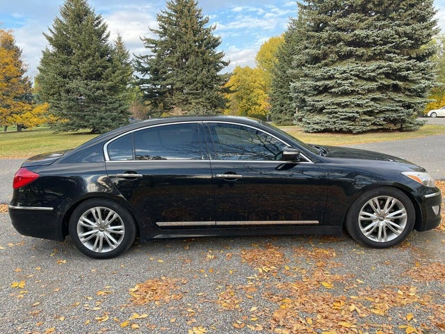 2012 Hyundai Genesis 4.6 RWD