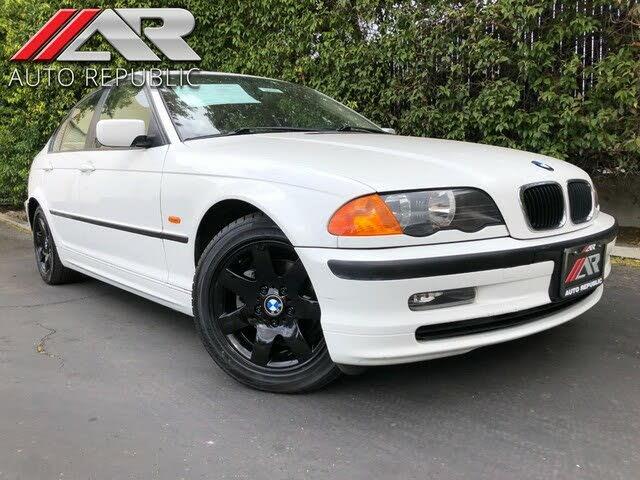 1999 BMW 3 Series 323i Sedan RWD