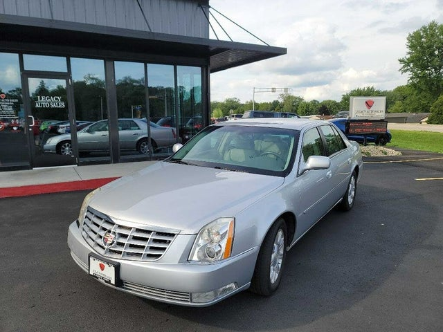 2011 Cadillac DTS FWD