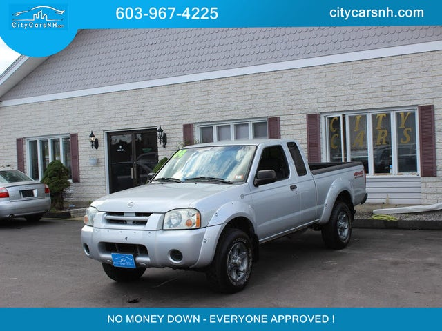 2004 Nissan Frontier 2 Dr XE 4WD Extended Cab SB