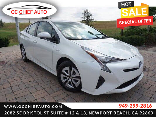2017 Toyota Prius Two FWD