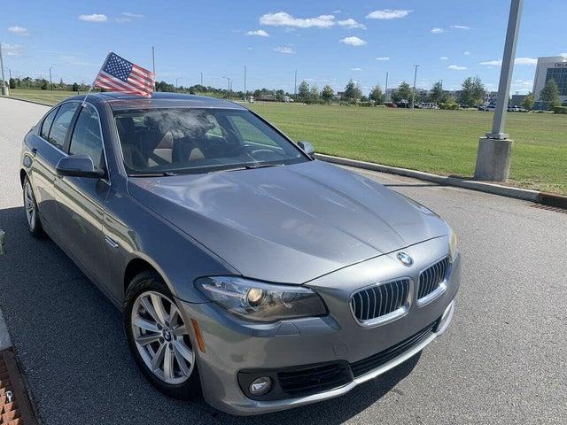 2015 BMW 5 Series 528i Sedan RWD