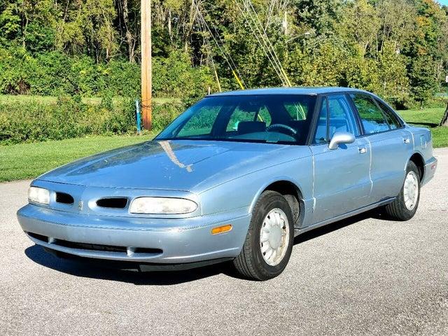 1996 Oldsmobile Eighty-Eight 4 Dr STD Sedan