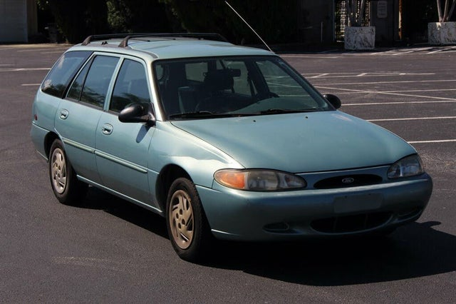 1998 Ford Escort 4 Dr SE Wagon