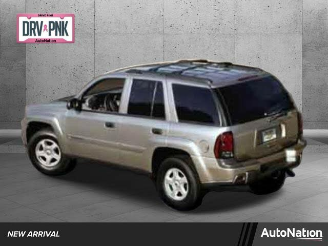 2004 Chevrolet Trailblazer LS RWD