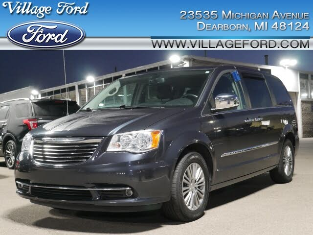 2014 Chrysler Town & Country Touring-L FWD