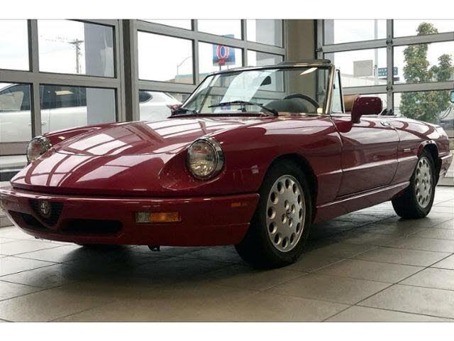 1992 Alfa Romeo Spider Veloce RWD