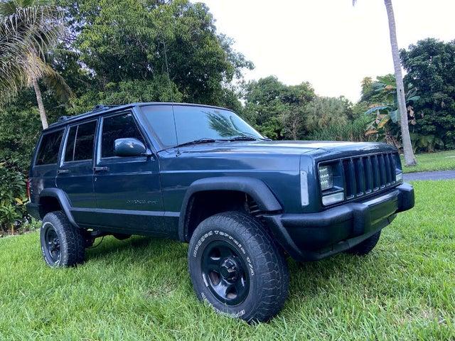 2001 Jeep Cherokee Sport 4-Door RWD