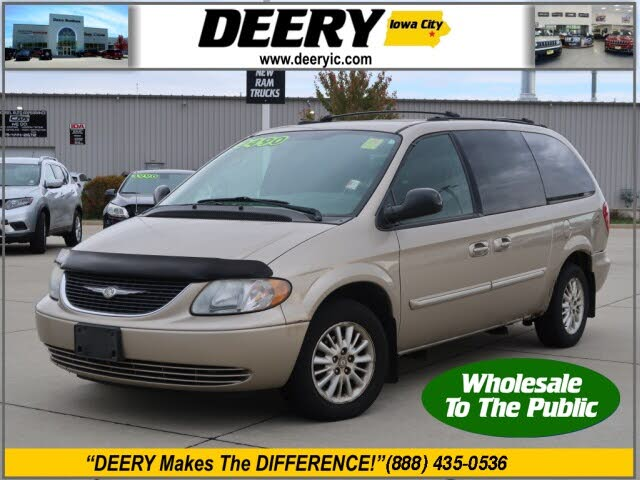 2004 Chrysler Town & Country Touring LWB FWD