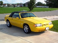 1993 Ford Mustang LX 5.0 Convertible, 1993 Limited Edition Feature car