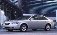 The 2007 Hyundai Sonata Limited, a city beauty