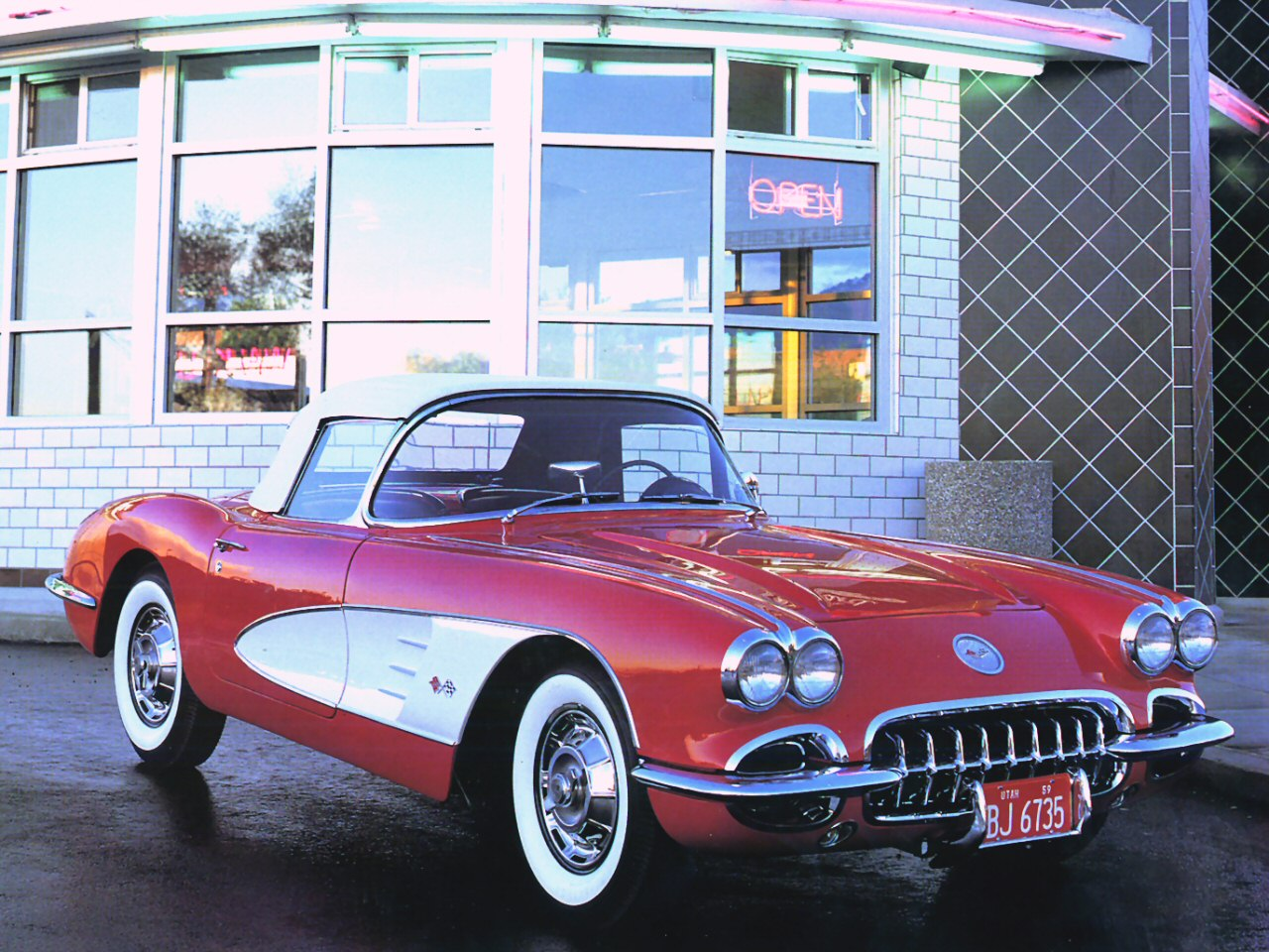 1959 Chevrolet Corvette Convertible Roadster, 1959 Corvette Convertible Red w/ white panels