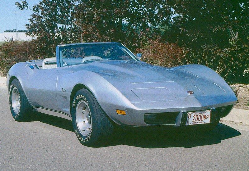 1975 Chevrolet Corvette Convertible, 1975 Corvette C4 Convertible, exterior