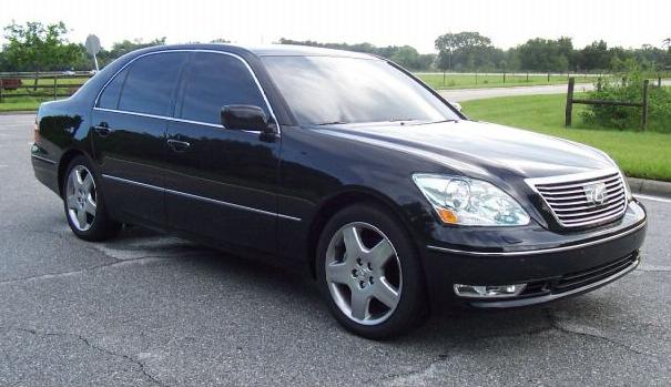 The 2006 Lexus LS430