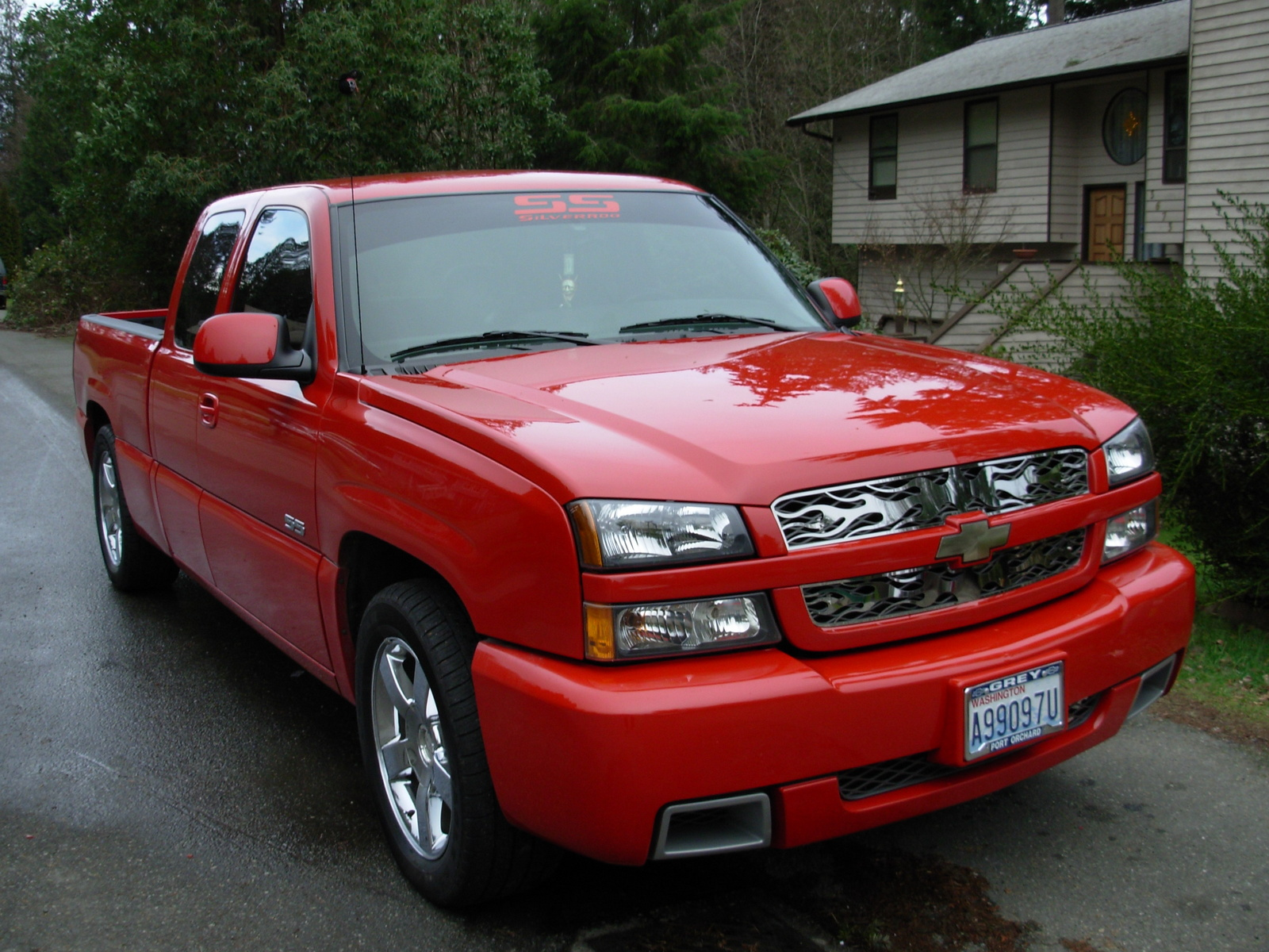 mike250 39 s 2004 chevrolet silverado 1500 ss 4 dr std awd extended cab. Cars Review. Best American Auto & Cars Review