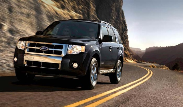 2008 Ford Escape XLS FWD, Front Side View, exterior, manufacturer, gallery_worthy