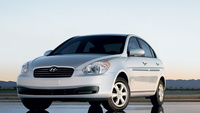 2007 Hyundai Accent 4 Dr GLS, Front View, exterior, manufacturer