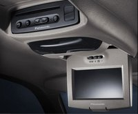 2007 GMC Envoy, dvd screen, interior, manufacturer