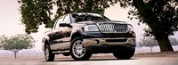 2007 Lincoln Mark LT Extended 4WD, Front View, exterior, manufacturer