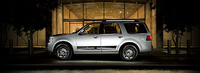 2007 Lincoln Navigator Ultimate 4X4, Side View, manufacturer, exterior