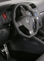 2008 Volkswagen R32, Dashboard, interior, manufacturer