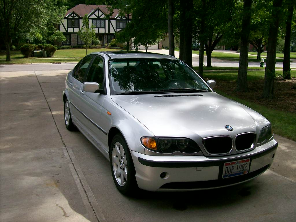 Picture of 2003 BMW 3 Series 325i