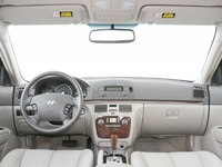2008 Hyundai Sonata GLS, Dashboard, interior, manufacturer