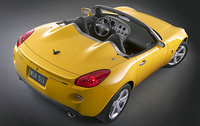 2007 Pontiac Solstice, View from above rear, manufacturer, exterior