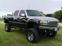 2004 GMC Sierra 2500HD 4 Dr SLE 4WD Crew Cab SB HD, Took a work horse and made it a show horse