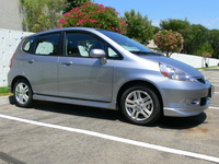 2007 Honda Fit Sport, silver storm metallic Honda Fit Sport 5-speed manual trans.