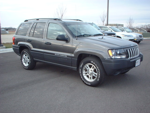 2004 jeep grand cherokee overview cargurus. Black Bedroom Furniture Sets. Home Design Ideas