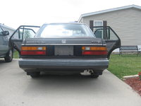 1985 Honda Accord SE-i, and we need all new interer