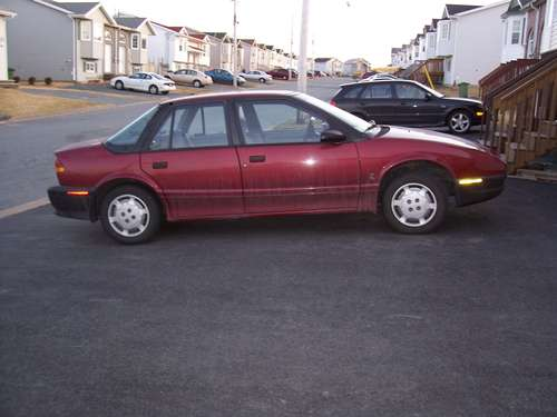 1992_saturn_s-series_4_dr_sl_sedan-pic-64965.jpeg