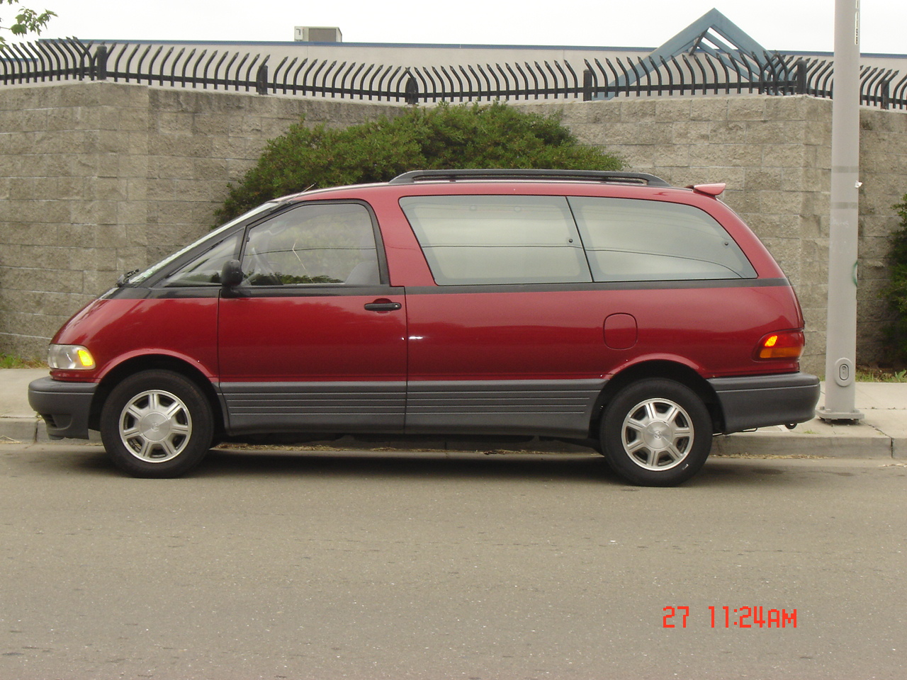 Picture of 1994 toyota previa 3 dr le passenger van