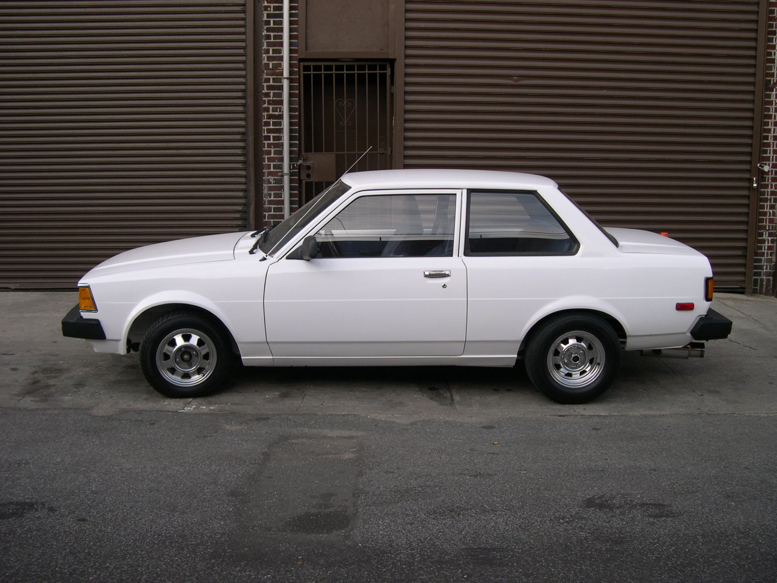 1982 toyota corolla pictures cargurus. Black Bedroom Furniture Sets. Home Design Ideas