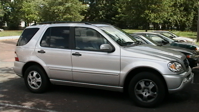 2002 Mercedes-Benz M-Class ML320, Picture of 2002 Mercedes-Benz M-Class 4 Dr ML320 AWD SUV, exterior