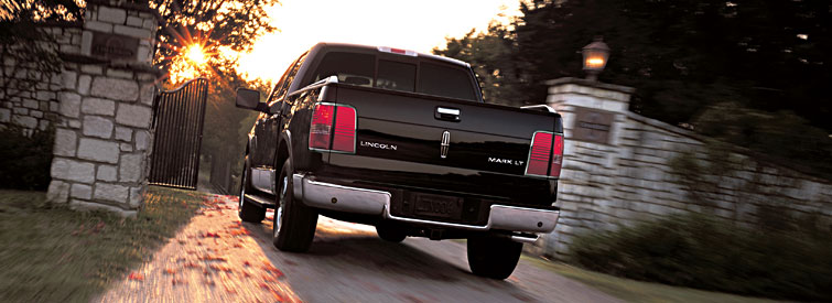 2008 Lincoln Mark LT Base, Back View, exterior, manufacturer