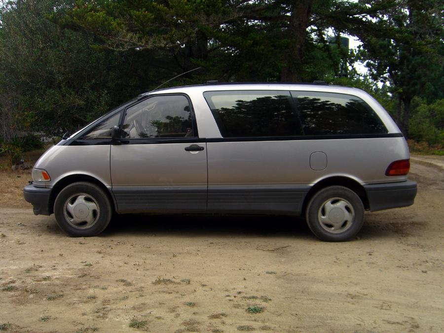 Toyota Previa 1992. Picture of 1997 Toyota Previa