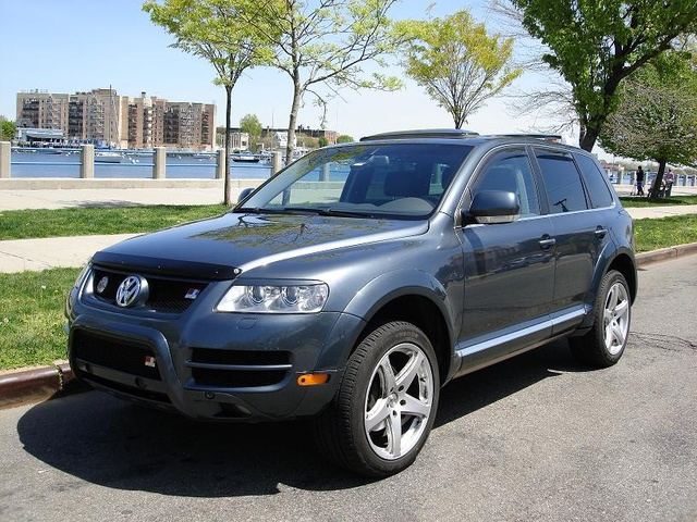 2005 volkswagen touareg review