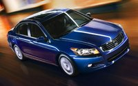 2008 Honda Accord, Front-quarter view from above, exterior, gallery_worthy