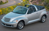 2006 Chrysler PT Cruiser, front three-quarter