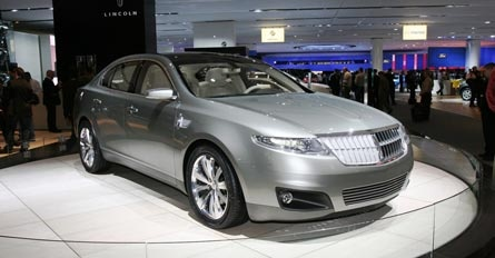 2009 Lincoln MKS, front three quarter, exterior, gallery_worthy