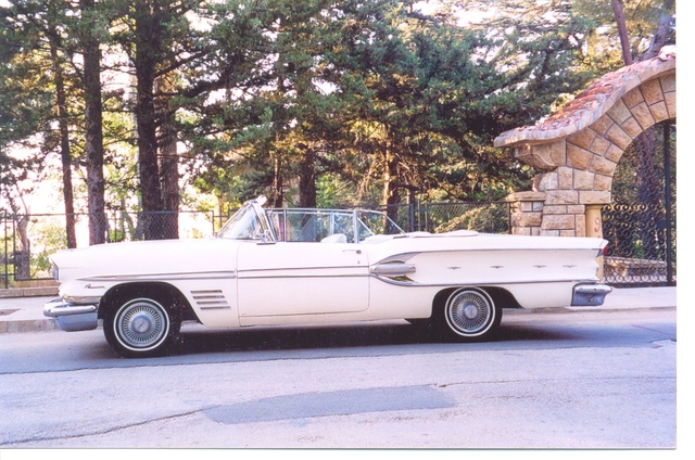 Picture of 1958 Pontiac Bonneville